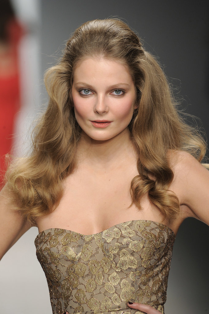 At the Autumn/Winter 2012 Issa show, models had Brigitte Bardot waves with volume through the crown.