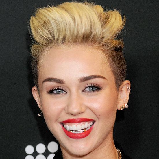 Miley Cyrus und andere Promis mit Zahnspange
