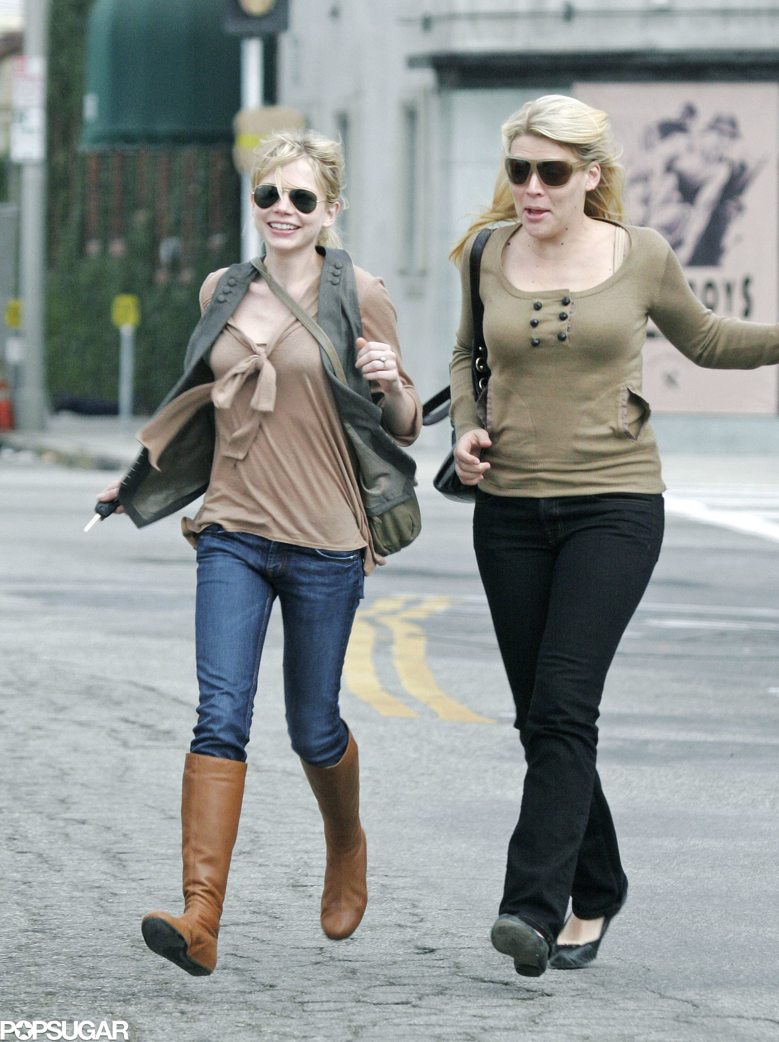 Best friends Busy Philipps and Michelle