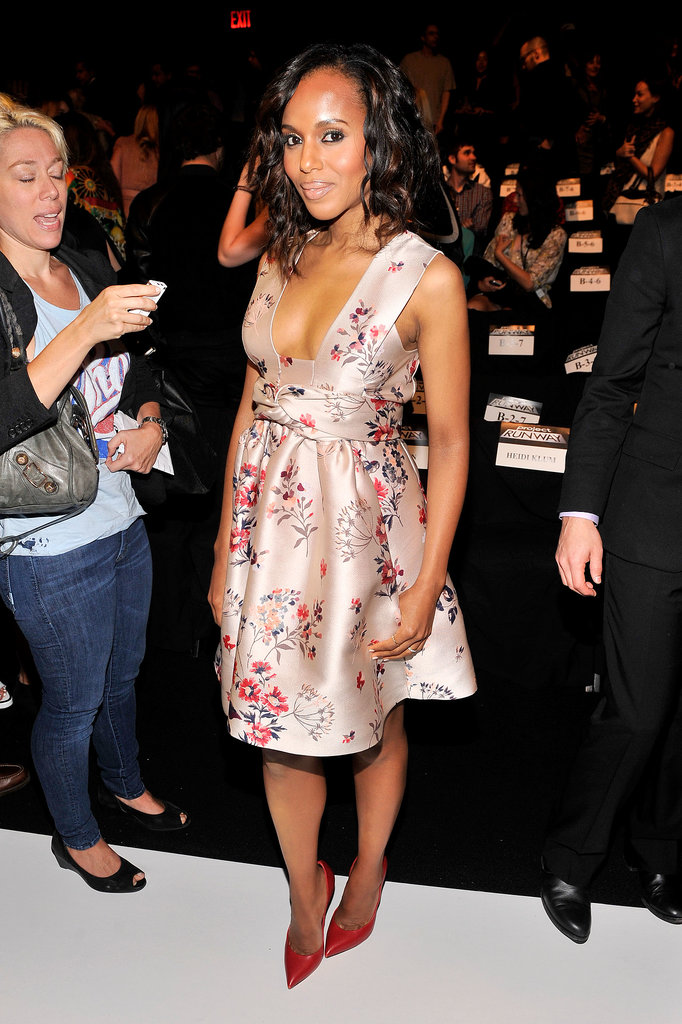 Kerry Washington attended the Project Runway show at New York Fashion Week looking darling as ever in a floral Stella McCartney dress. We love that the plunging neckline kept her from looking too sweet.