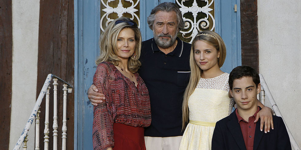 Sneak Peek: Check Out Mob Family Michelle Pfeiffer, Dianna Agron, and Robert De Niro