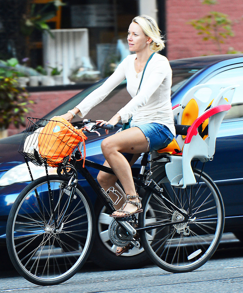 Naomi Watts wore shorts and sandals.