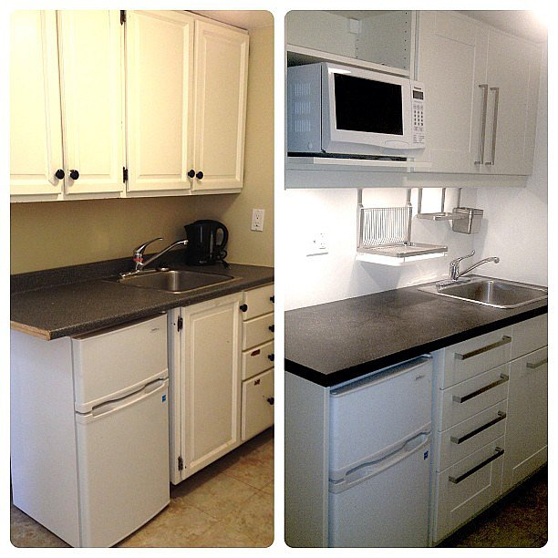 Switching out the cabinets and hardware in this small kitchen made a huge difference! Source: Instagram user kflaschner
