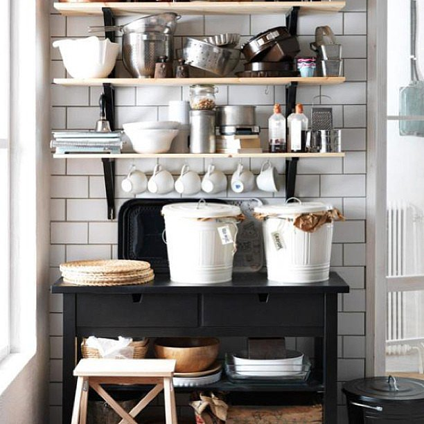 This open shelving proves that even a slightly disheveled look can be charming.  Source: Instagram user theoddmolly