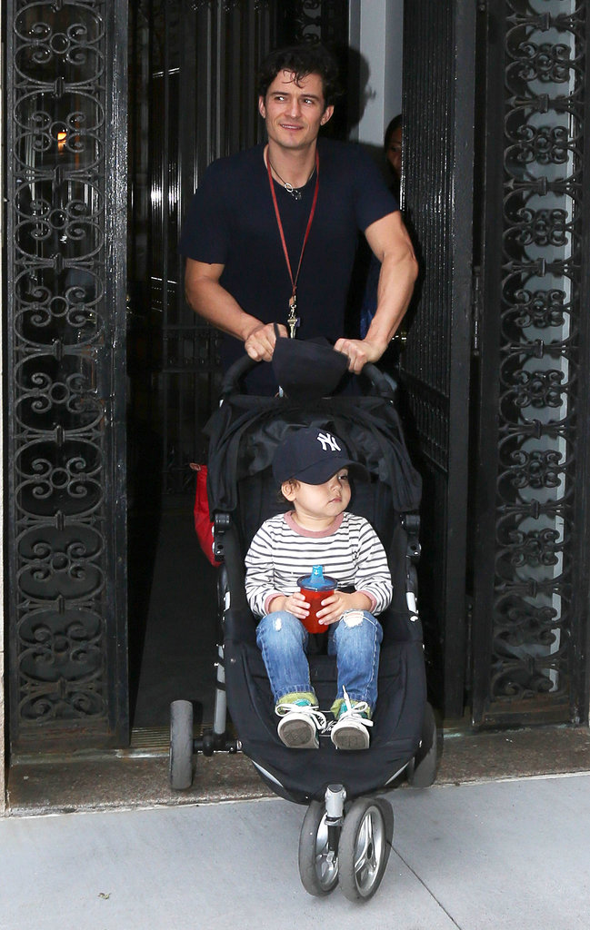 Orlando Bloom pushed his son Flynn Bloom in his stroller in NYC.