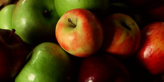 10 Classic Ways to Love Apples This Fall