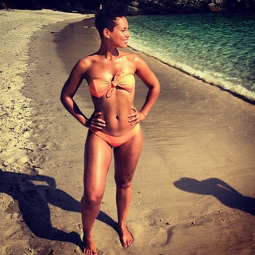 Alicia Keys put her bikini body on display during a beach vacation. Source: Instagram user therealswizz