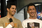 James Marsden laughed with Alan Cumming when they appeared on TRL together in 2003.