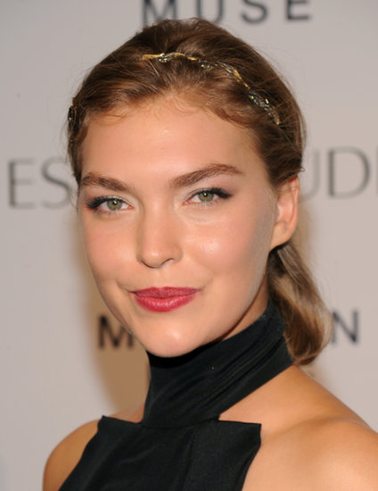 Arizona Muse, who lends her face to the fragrance campaign, embellished her updo with a sparkling headband.