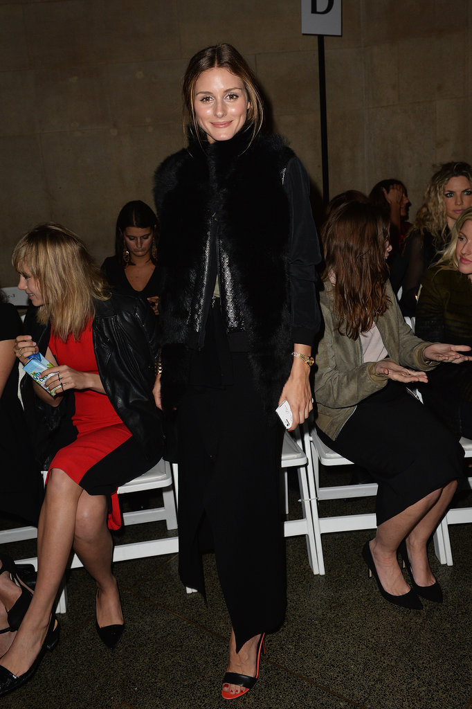 Olivia Palermo went for all black everything at Jonathan Saunders.