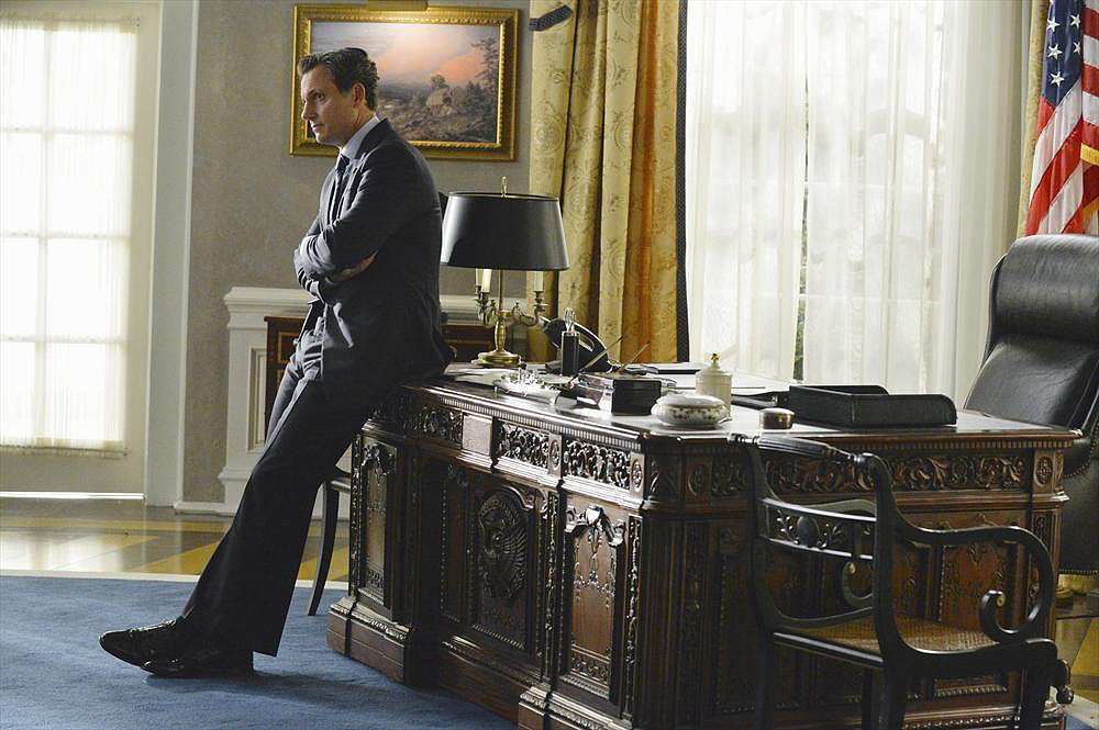 Scandal Tony Goldwyn in the season premiere of Scandal.
