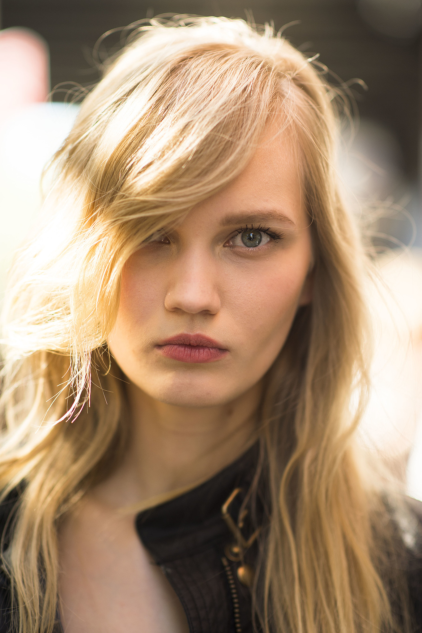 Sideswept bangs with soft waves are always flattering. Sour
