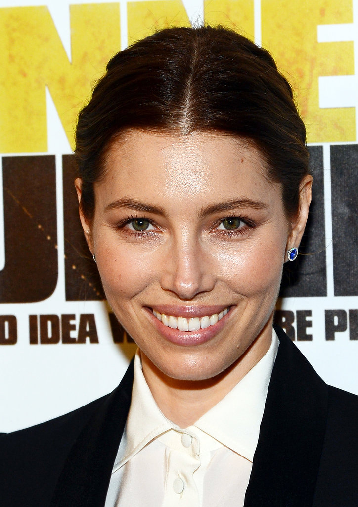 Jessica Biel proves that great skin speaks volumes. She walked the red carpet of the Runner Runner premiere in a modern tuxedo, which she paired with a surprisingly minimal makeup look.
