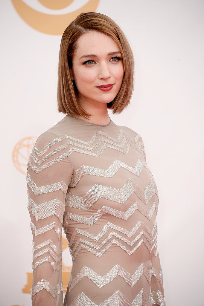 House of Cards star Kristen Connolly knows how to rock this season's hottest hair trend: the bob. Her blunt cut was stick straight, while her lipstick was a berry-tinted stain.