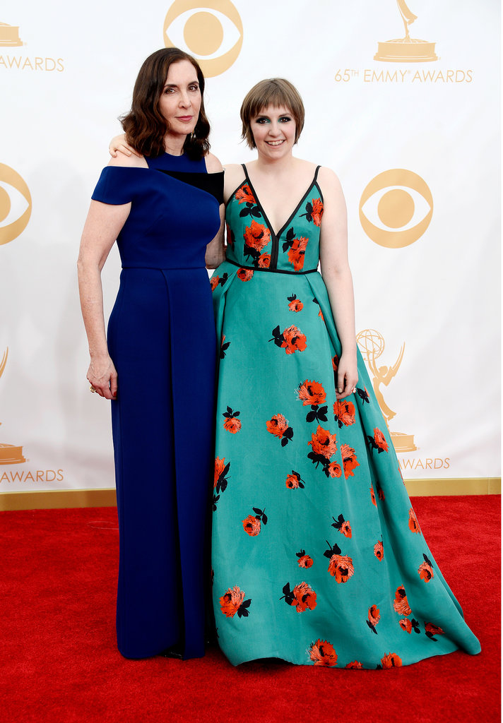 Lena Dunham and her mom, Laurie Simmons, walked the Emmys red carpet together.