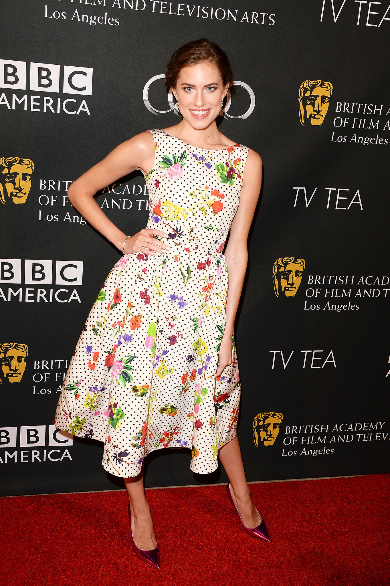 Allison Williams went retro in a floral Oscar de la Renta dress and metallic pumps at the BAFTA LA TV Tea Party.