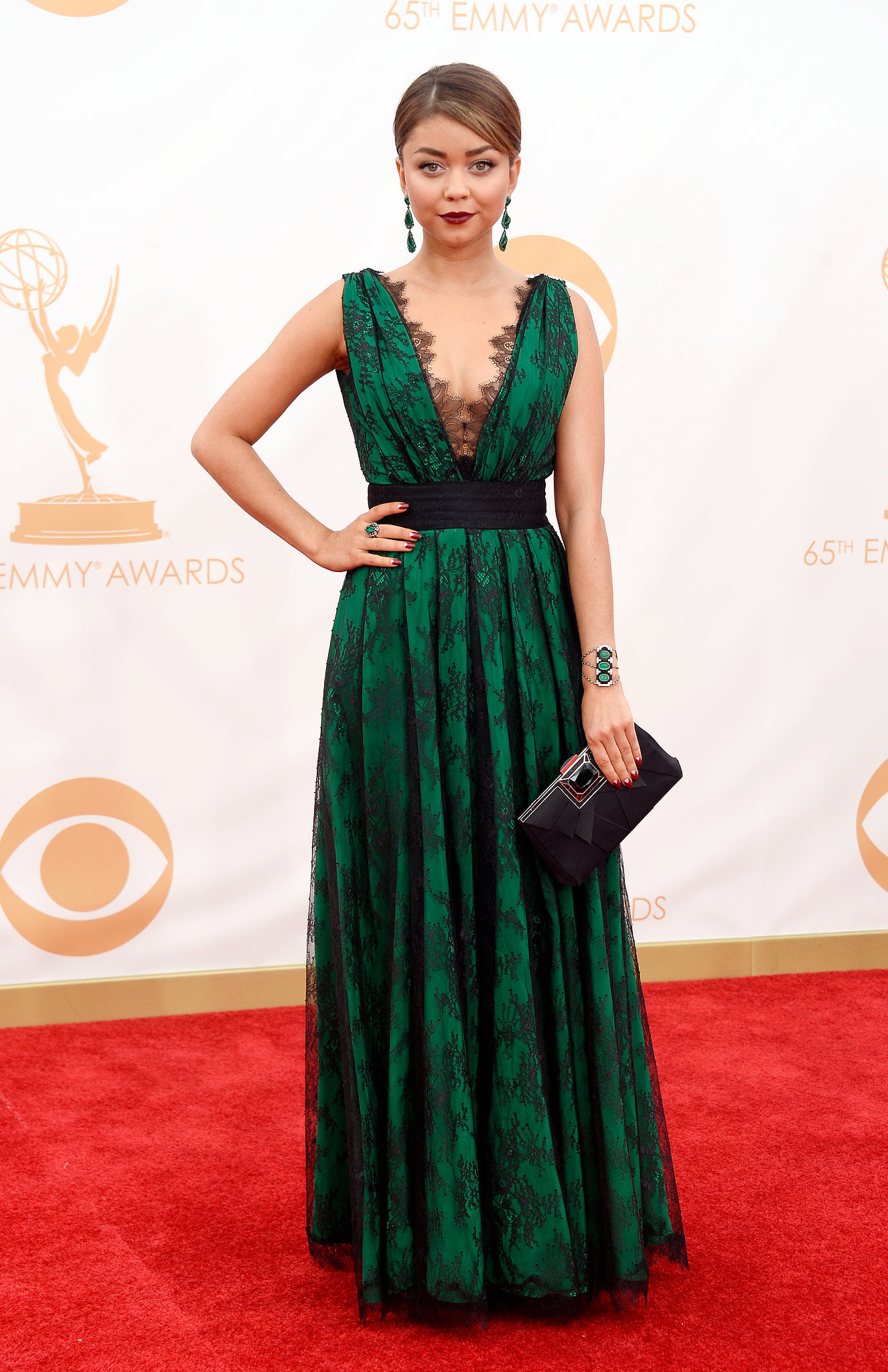 Modern Family's Sarah Hyland donned a green gown for the Emmys.