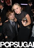 Peter Dinklage and Amy Poehler posed together during the Emmys.