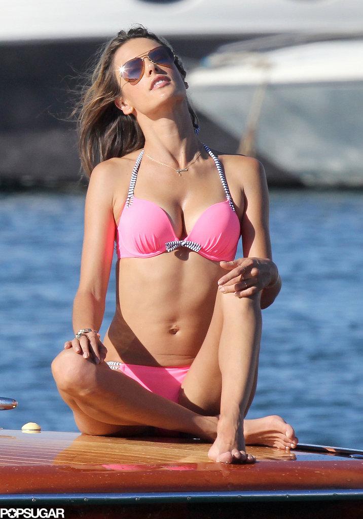 Alessandra Ambrosio wore a pink bikini in Saint-Tropez.