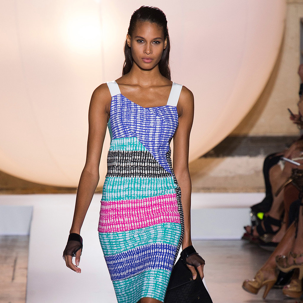 Roland Mouret Spring 2014 Runway Show | Paris Fashion Week