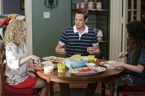 The Carrie Diaries AnnaSophia Robb, Matt Letscher, and Stefania Owen on the season premiere of The Carrie Diaries, airing Oct. 25 on The CW.