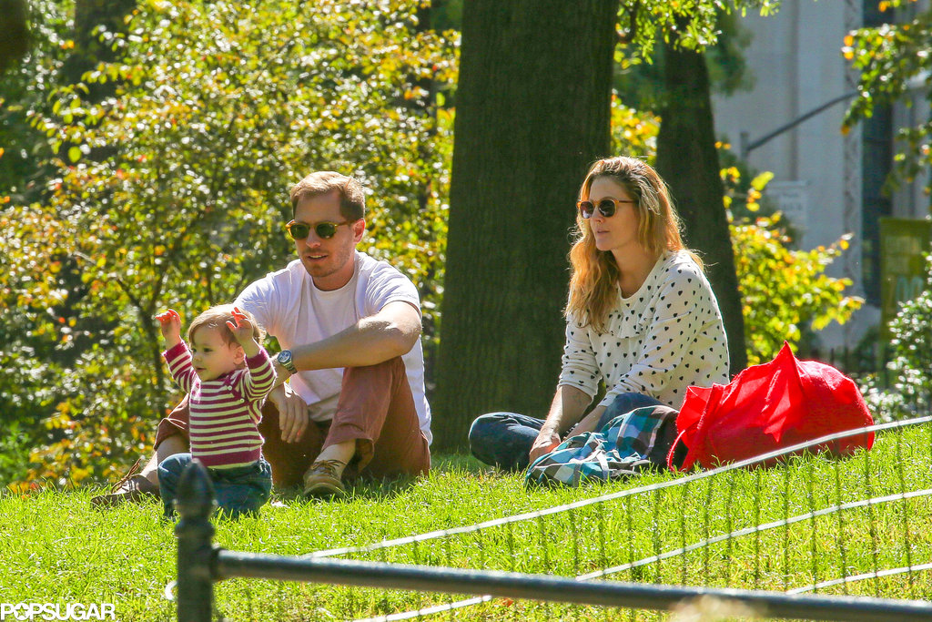 Drew Barrymore and Will Kopelman brought their daughter, Olive, to the park.