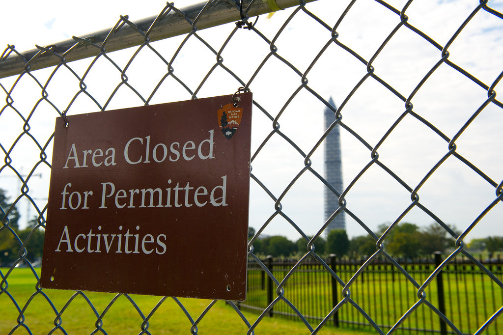 A sign showed that the Washington Monument area was closed in DC.