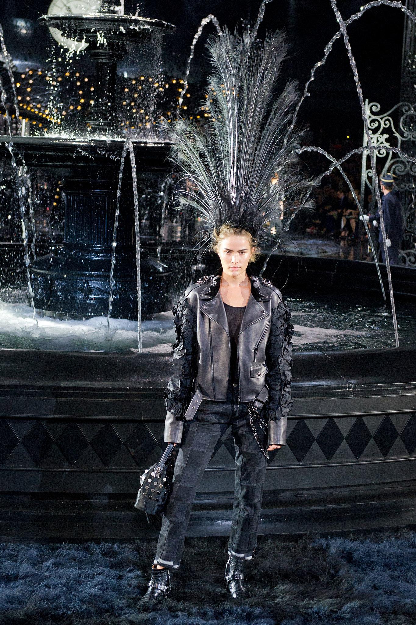 Louis Vuitton Spring 2014: Marc Jacobs Fades to Black - 1365 x 2048  909kb  jpg