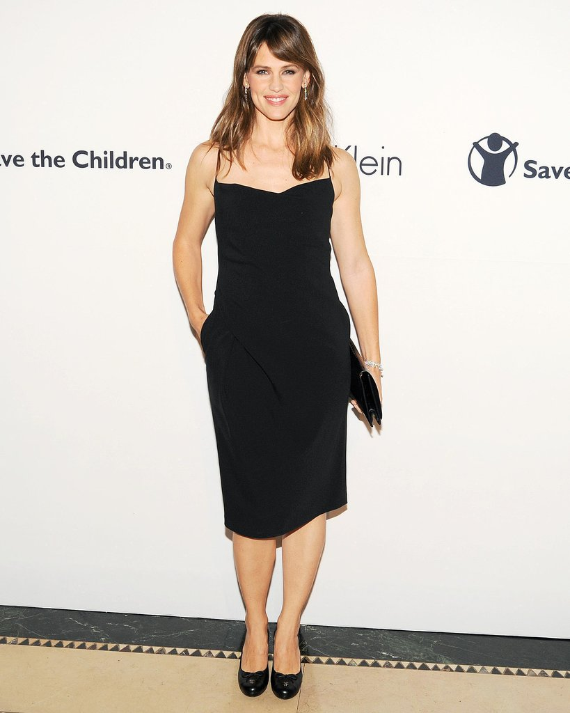 Jennifer Garner donned a black Calvin Klein dress for the Save the Children benefit gala in NYC.