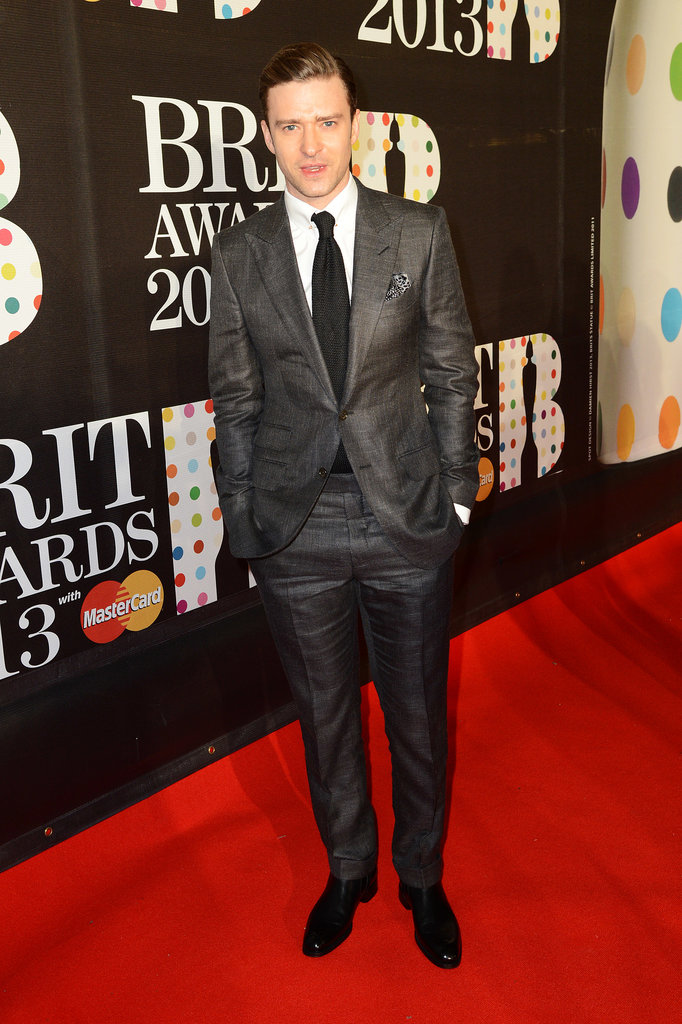 At the Brit Awards — once again decked out in his go-to Tom Ford — Justin set off his slate-colored suit with black extras.