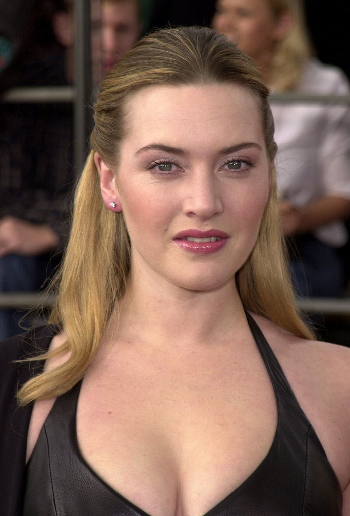 A half updo and pinky tones looked gorgeous at the 2001 SAG Awards.