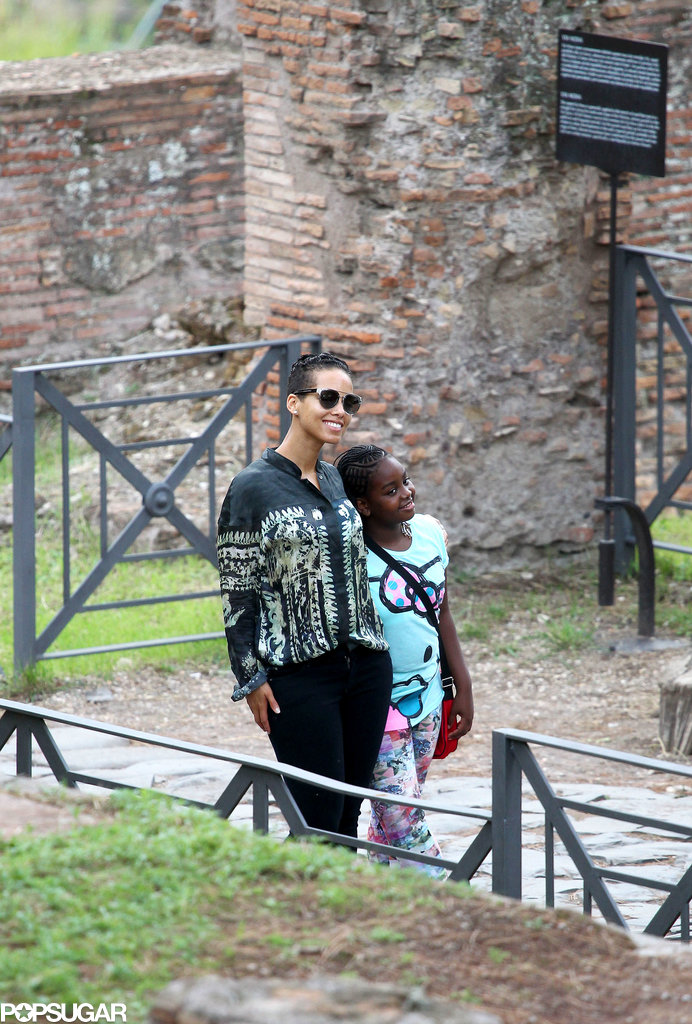 When in Rome, Do as Ellen Pompeo and Alicia Keys Do