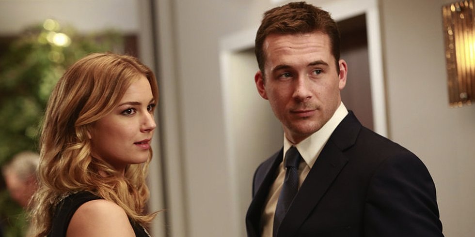 "Video: Revenge's Barry Sloane Says ""There'll Be Lots of Reasons to Hate Aiden"" This Season"