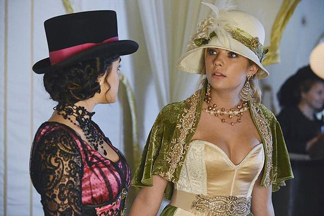 Pretty Little Liars We love Hanna's old-timey costume. Source: ABC Family
