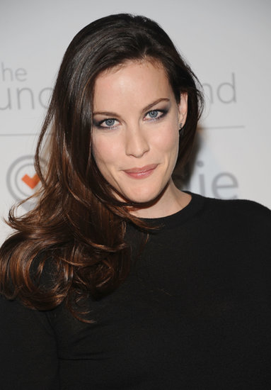 We've come to expect a signature style from Liv Tyler, and this smoky eye from The Lunchbox Fund party is one to add to her best looks list.
