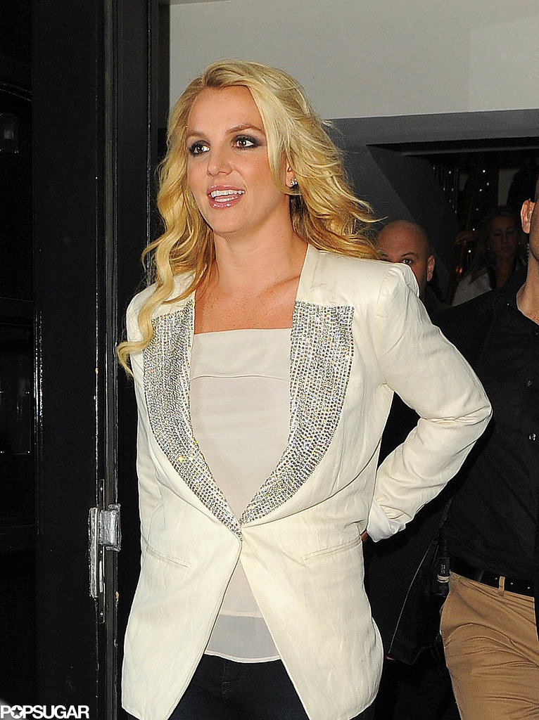 Britney Spears left her London hotel.