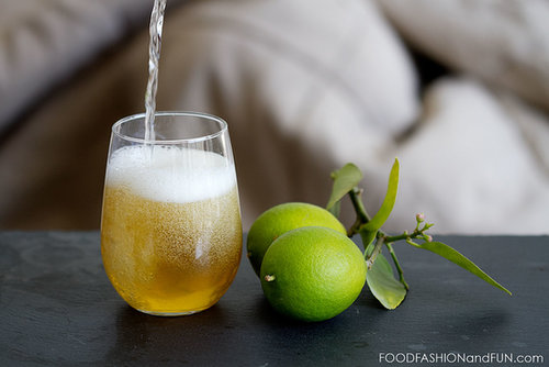 Bottoms Up | Sparkling Green Tea Cocktail