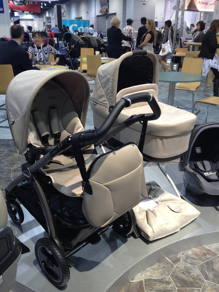 Peg Perego's Book Pop-Up folds with either its seat and bassinet attached to its base — either in front- or rear-facing positions.