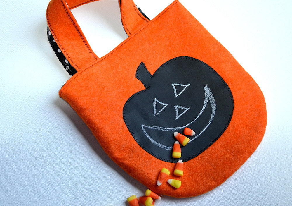 Chalk Cloth Pumpkin Bag