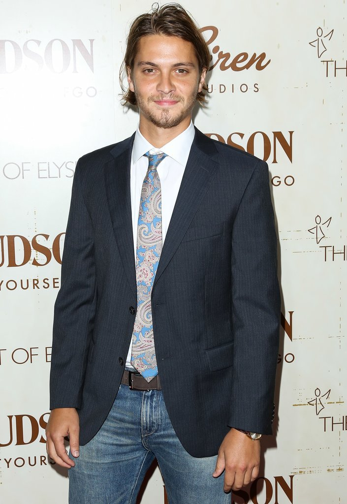 Luke Grimes will play Elliot Greyin Fifty Shades of Grey. If Grimes looks familiar, then you're probably a True Blood fan — he's James, the sexy vampire who romances Jessica in the most recent season.