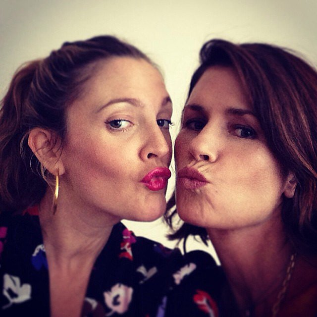 Drew Barrymore and her longtime makeup artist, Gucci Westman, gave a smooch to the camera. Source: Instagram user drewbarrymore