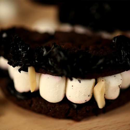 Vampire Diaries Cookies Recipe | Video