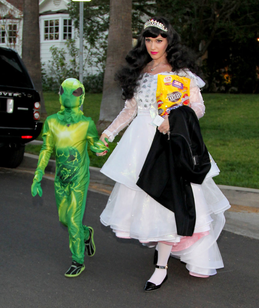 Gwen Stefani also wore a costume for trick-or-treating in LA.