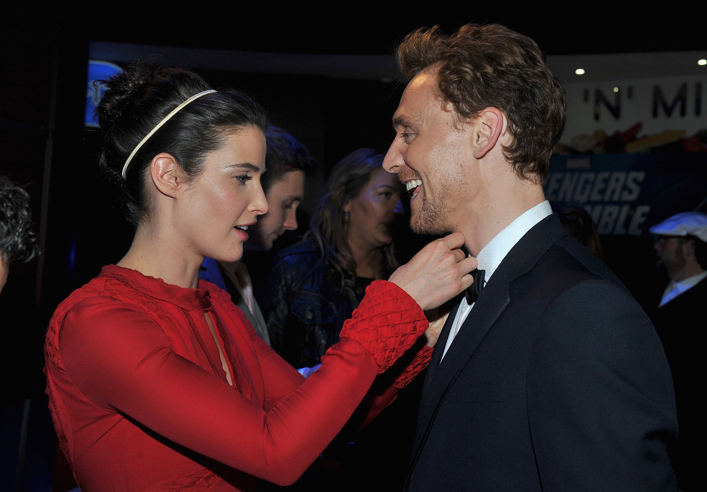 Cobie Smulders helped Tom Hiddleston with his bow tie.