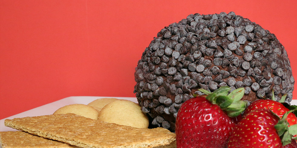 This Chocolate Chip Cheese Ball Is a Triple Threat