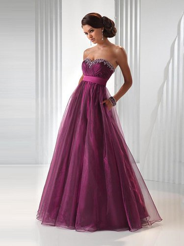 A-line Sweetheart Organza Floor-length Beading Prom Dresses at sweetquinceaneradress.com