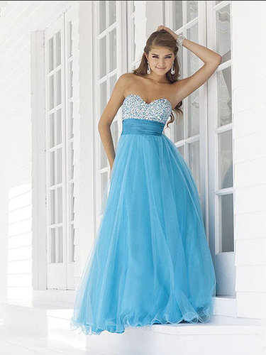 A-line Sweetheart Tulle Floor-length Sleeveless Beading Prom Dresses at sweetquinceaneradress.com
