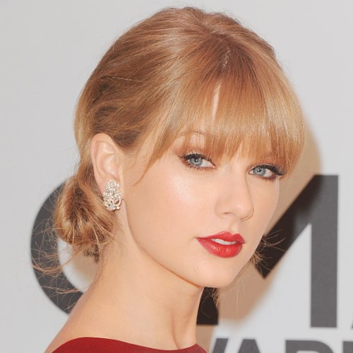 Taylor Swift Hair | CMA Awards 2013