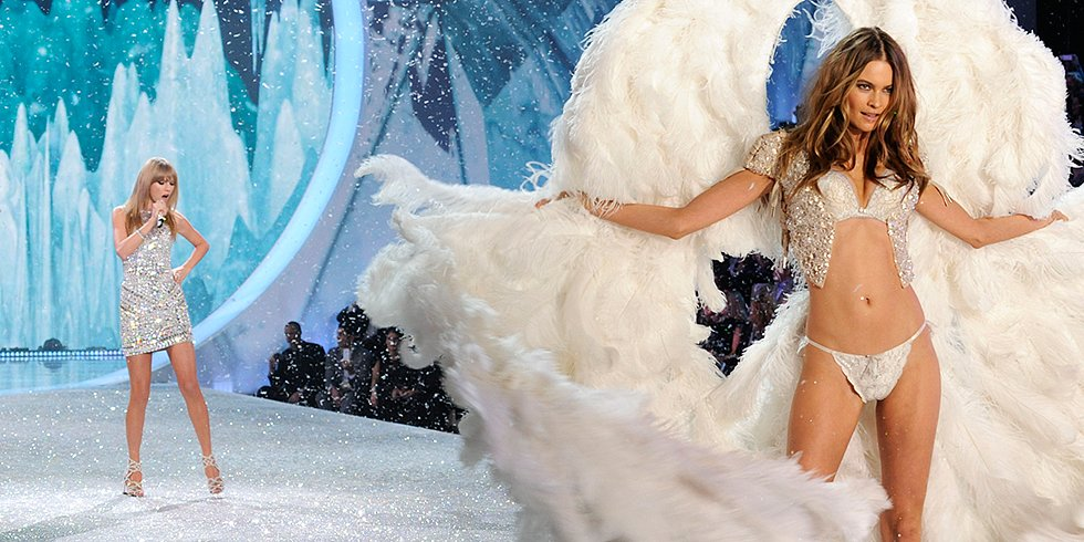 Was This the Cutest Moment From the Victoria's Secret Show?