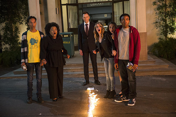 Danny Pudi, Yvette Nicole Brown, Joel McHale, Gillian Jacobs, Alison Brie, and Donald Glover reprise their roles on Community.